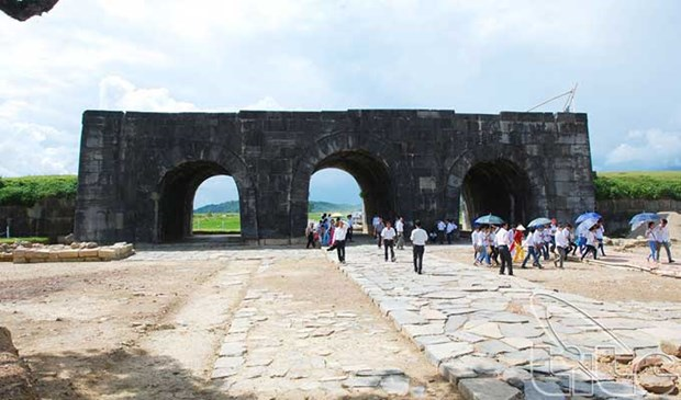 Aide americaine de 92.500 dollars pour la conservation de la citadelle des Ho hinh anh 1