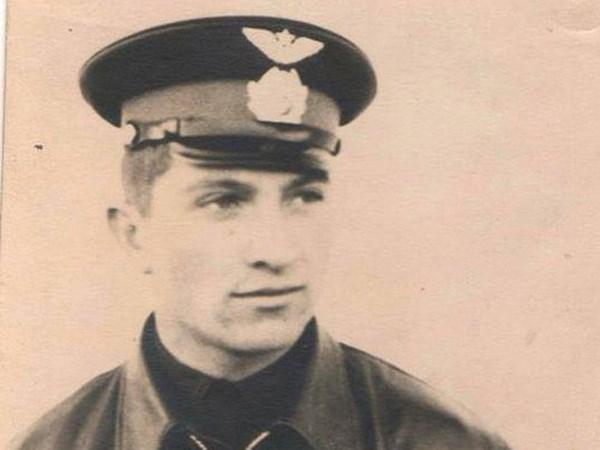 Decouverte de restes supposes etre ceux de deux pilotes vietnamien et de l'ex-URSS hinh anh 1