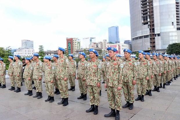 Maintien de la paix : des cadres et soldats vietnamiens partent pour le Soudan du Sud hinh anh 1