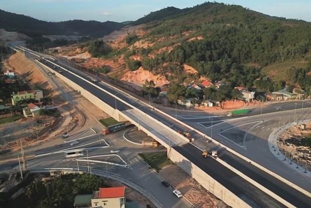 Plus de 11.000 milliards de dongs pour l'autoroute Van Don-Mong Cai hinh anh 1