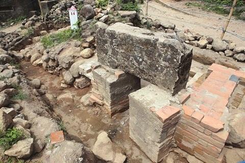 Des vestiges archeologiques a Hai Van Quan hinh anh 2