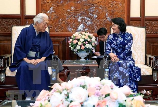 La presidente par interim recoit le chef d'une ecole de la ceremonie du the japonaise hinh anh 1