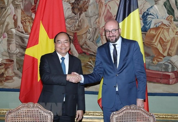 Entretien Nguyen Xuan Phuc et Charles Michel hinh anh 1