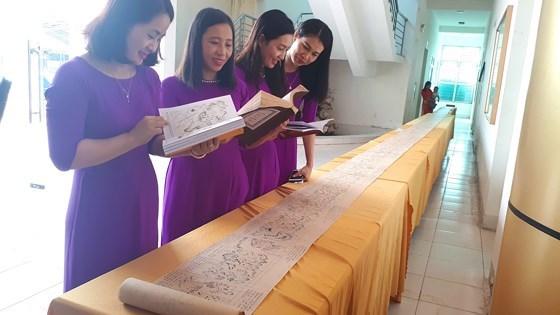 Reception du certificat de l'UNESCO concernant « Hoang Hoa Su Trinh Do » hinh anh 1