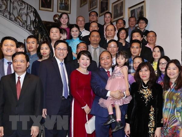 Le Premier ministre rencontre la communaute des Vietnamiens en Belgique hinh anh 1