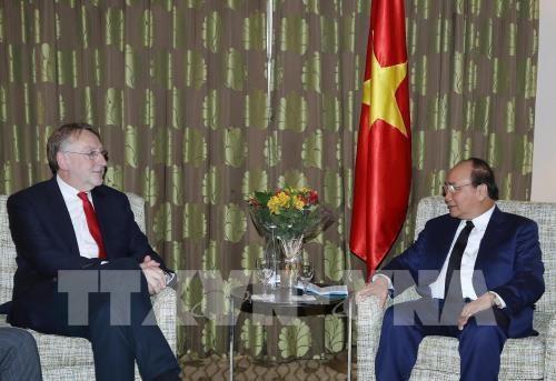 La CE approuve la soumission de l'accord de libre-echange avec le Vietnam au Conseil europeen hinh anh 1