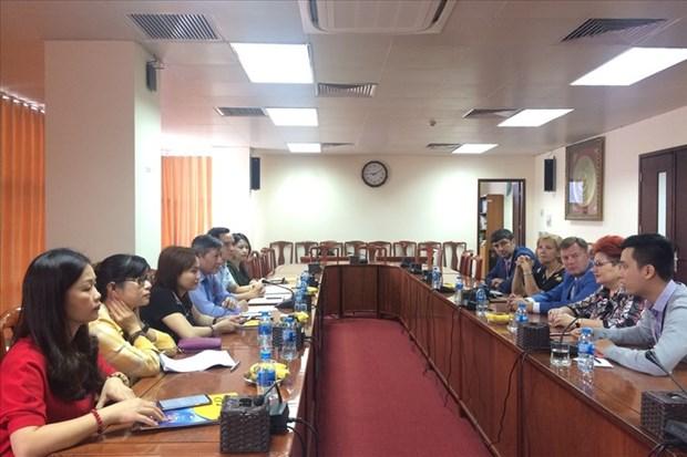 Une delegation syndicale de l'industrie chimique, minerale et petroliere de Bielorussie au Vietnam hinh anh 1