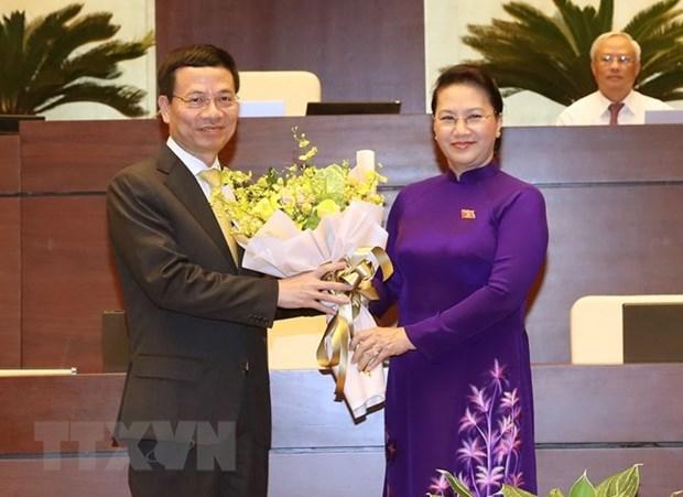 Nguyen Manh Hung nomme ministre de l'Information et des Communications hinh anh 1