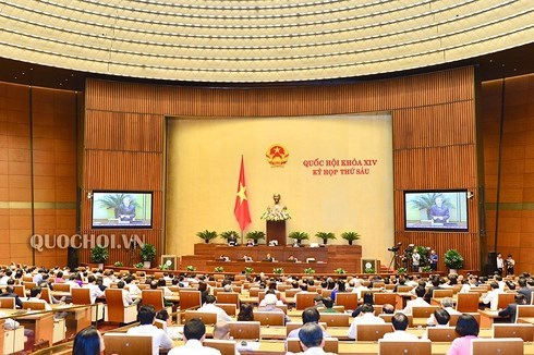 6e session de l'AN: les deputes poursuivent les debats sur la situation socio-economique hinh anh 1