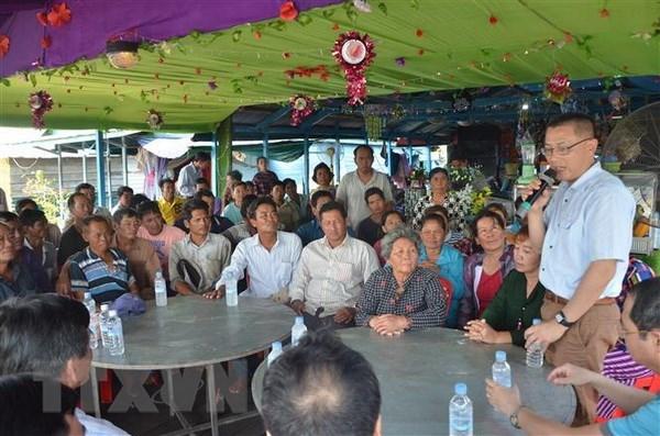 Cambodge : l'ambassadeur du Vietnam rencontre des Cambodgiens d'origine vietnamienne hinh anh 1