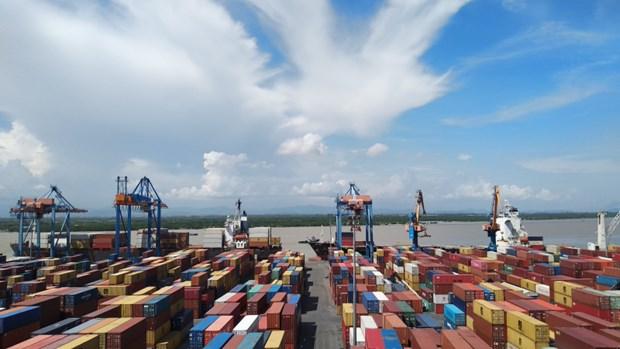 Plus de 430 millions de tonnes de marchandises ont transite via les ports maritimes en dix mois hinh anh 1