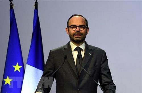 Le PM francais Edouard Philippe entame sa visite officielle au Vietnam hinh anh 1