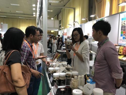 Ouverture du salon VietFood & Beverage – ProPack 2018 a Hanoi hinh anh 1