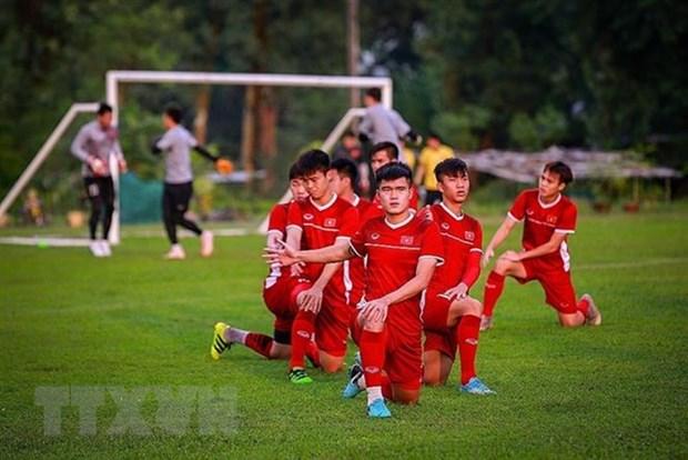 AFF Suzuki Cup 2018 : l'ambassadeur du Vietnam au Myanmar encourage la selection nationale hinh anh 1