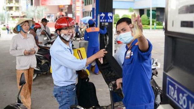 Troisieme baisse consecutive des prix des carburants hinh anh 1