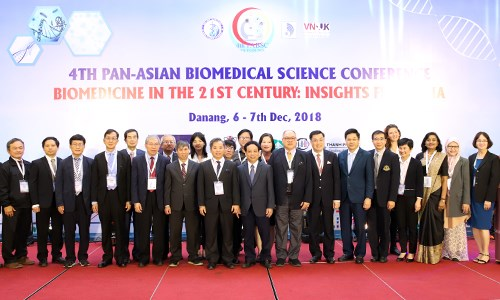 Plus de 200 delegues a la 4e Conference panasiatique sur les sciences biomedicales a Da Nang hinh anh 1