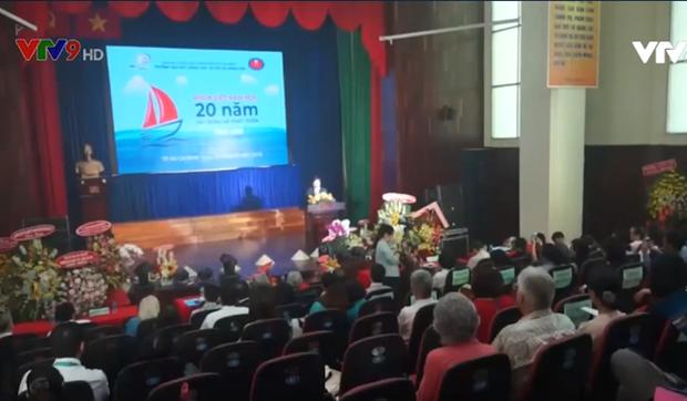 Pres de 30.000 etudiants etrangers etudient la langue vietnamienne a Ho Chi Minh-Ville hinh anh 1