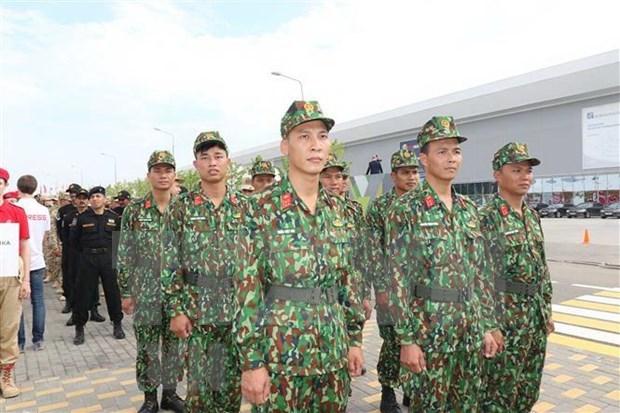 Une delegation militaire vietnamienne en Thailande pour participer a la ACDFM-16 hinh anh 1