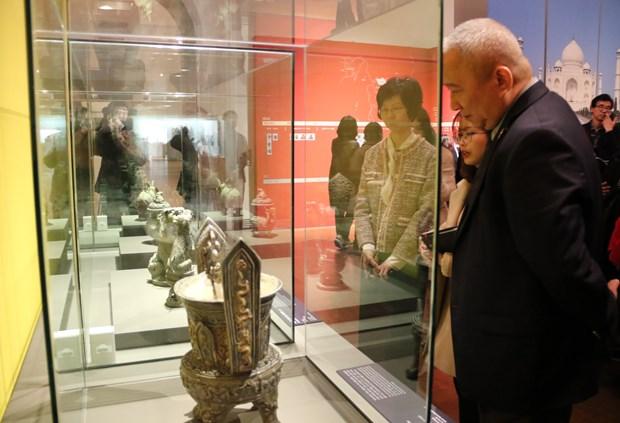 Des antiquites vietnamiennes exposees en Republique de Coree hinh anh 1