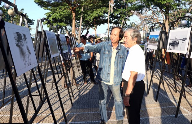 Exposition de photos sur les patrimoines culturels de Da Nang hinh anh 1
