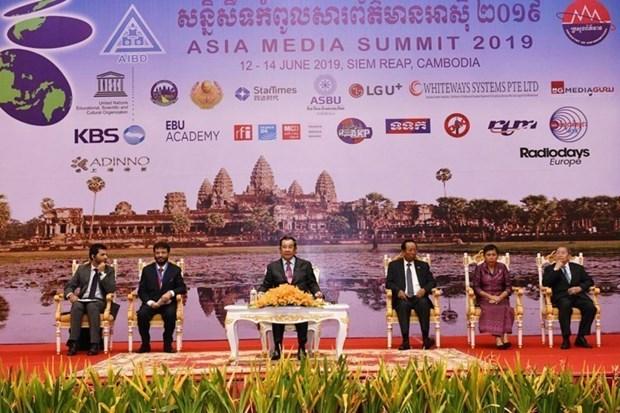 Ouverture du 16e Sommet des medias d'Asie au Cambodge hinh anh 1