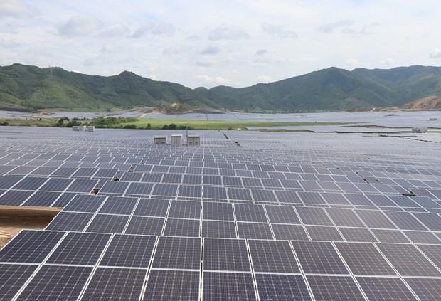 Phu Yen : Inauguration de la centrale solaire de Hoa Hoi hinh anh 2