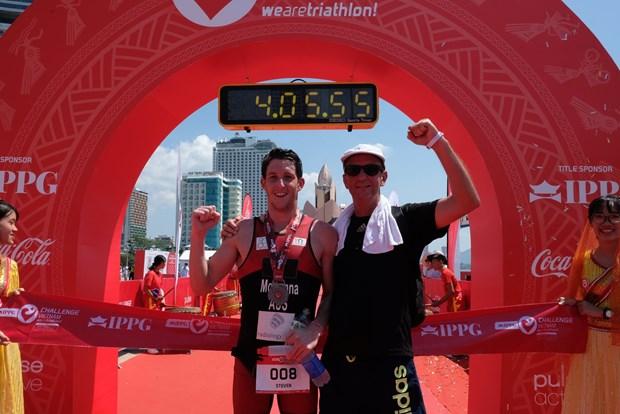 Un Australien sacre champion du triathlon IPPGroup Challenge Vietnam 2019 hinh anh 1