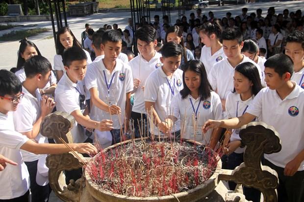 Camp d'ete 2019: rendre hommage aux heros morts pour la Patrie de Truong Son hinh anh 1