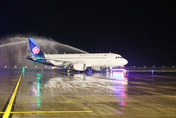 Inauguration de la ligne aerienne directe Hunan – Van Don hinh anh 1