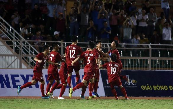 Championnat U18 d'Asie du Sud-Est : Le Vietnam bat la Malaisie 1-0 hinh anh 1