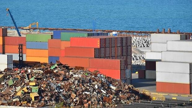 Plus de 500 conteneurs de dechets importes frauduleusement ont ete reexportes hinh anh 1