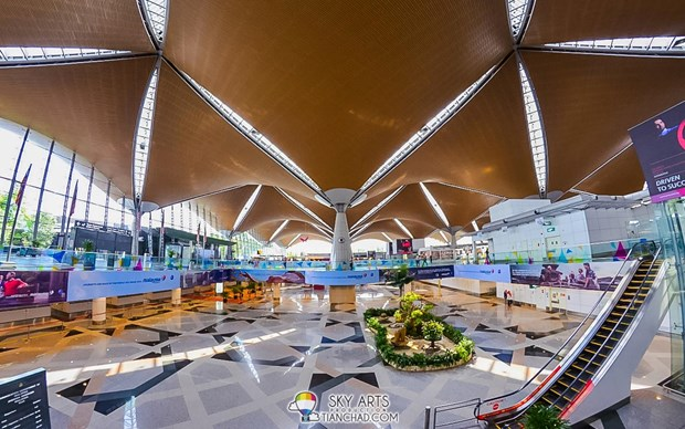 La Malaisie reduit la redevance de services passagers au-dela de l'ASEAN hinh anh 1
