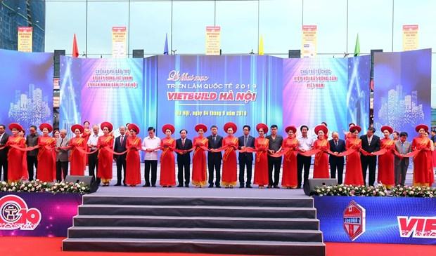 Ouverture de la 2e edition de l'exposition Vietbuild Hanoi 2019 hinh anh 1