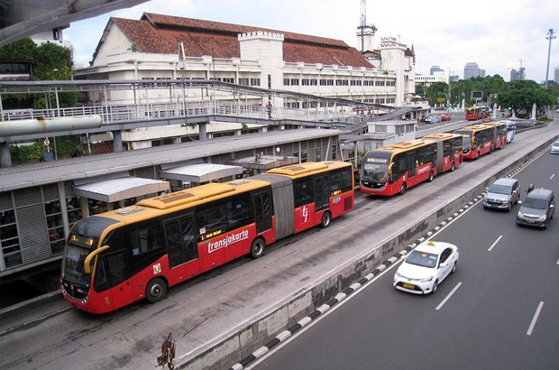 Indonesie : Jakarta compte augmenter les depenses pour le transport en commun hinh anh 1