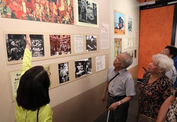 Deux expositions des beaux arts en l'honneur du 65e anniversaire de la liberation de Hanoi hinh anh 1
