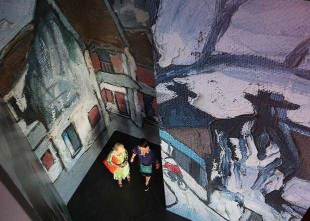 Deux expositions des beaux arts en l'honneur du 65e anniversaire de la liberation de Hanoi hinh anh 2
