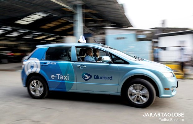 Le plus grand operateur de taxi indonesien presente sa flotte de taxis electriques hinh anh 2