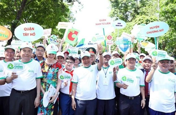 Le Premier ministre appelle a un effort commun pour lutter contre les dechets plastiques hinh anh 4