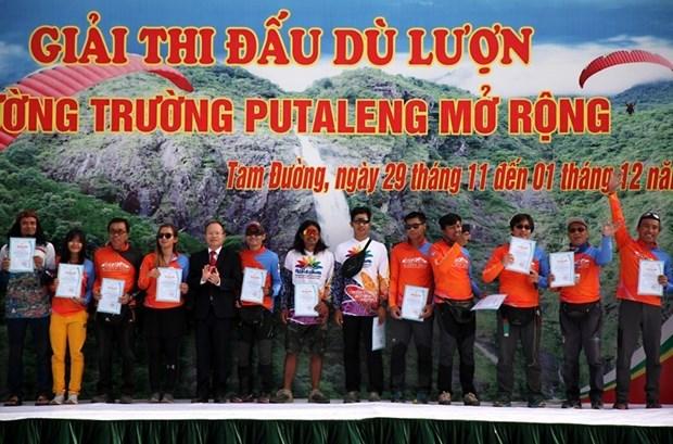 Ouverture de la competition de parapente de cross-country Putaleng XC Open hinh anh 1