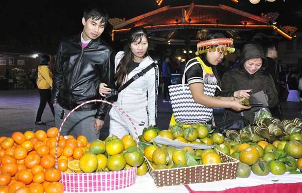 Ouverture de la Semaine des oranges de Ha Giang a Hanoi hinh anh 1
