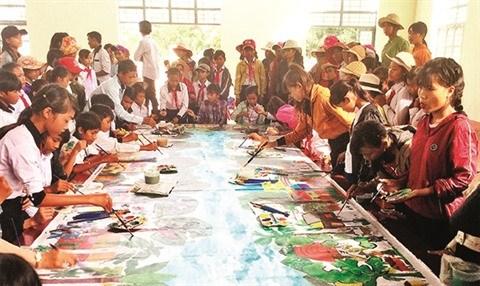 L'art au service des enfants des regions reculees hinh anh 1