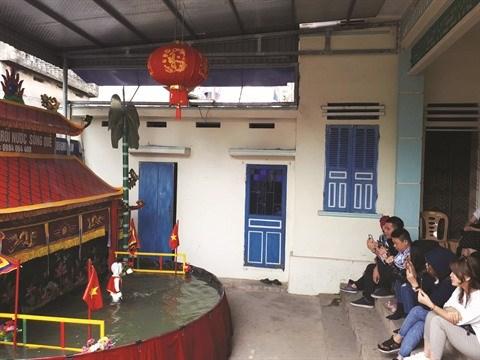 Rach, l'un des plus anciens villages de marionnettes sur l'eau du Nord hinh anh 1
