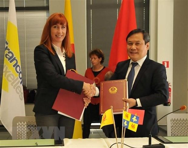 Le Vietnam et la federation Wallonie-Bruxelles signent 25 projets de cooperation hinh anh 1