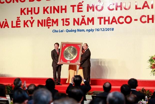 Le PM a une ceremonie des 15 ans du constructeur automobile Thaco-Chu Lai hinh anh 1