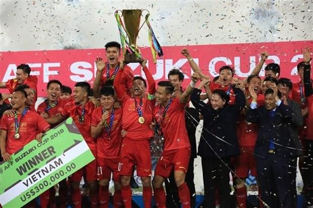 Nguyen Quang Hai parmi les dix meilleurs jeunes stars du football d'Asie hinh anh 1