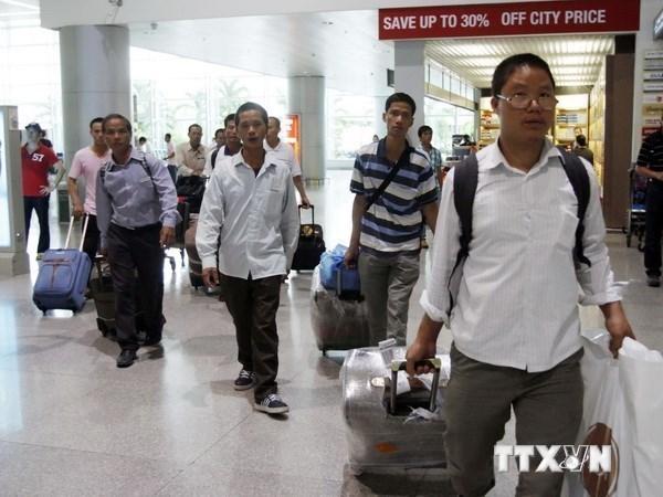 Le Vietnam envoie 140.000 travailleurs a l'etranger en 2018 hinh anh 1