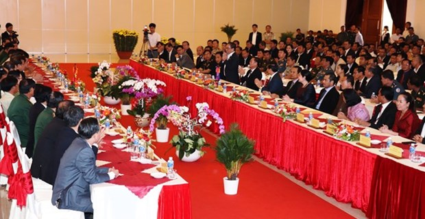 Des representants des provinces cambodgiennes se rendent a Tay Ninh a l'occasion du Tet hinh anh 1