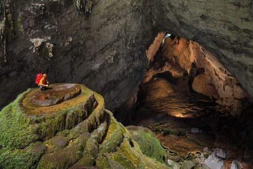 La grotte de Son Doong seduit a la fois les touristes et les scientifiques hinh anh 1