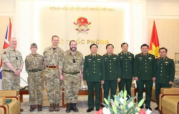 Vietnam et Royaume-Uni renforcent la cooperation dans la medecine militaire hinh anh 1