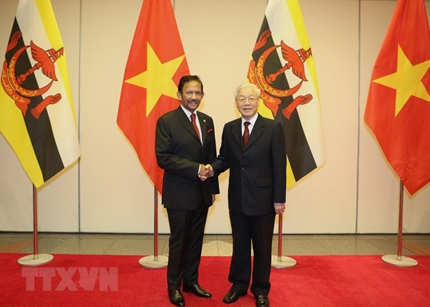 Le sultan du Brunei Haji Hassanal Bolkiah termine sa visite d'Etat au Vietnam hinh anh 1